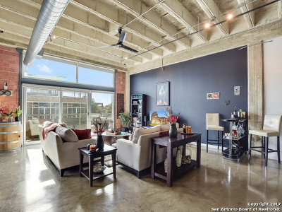 San Antonio Condo/Townhouse New: 1331 S Flores St #204