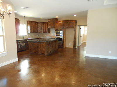 Bandera County Single Family Home New: 183 Sunrise Ln