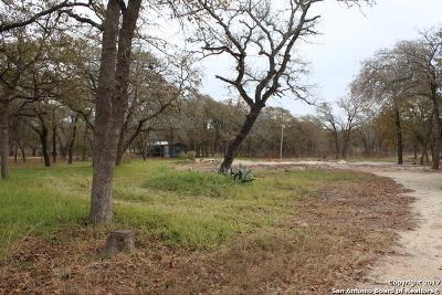 La Vernia Residential Lots & Land New: 198 Oak Valley Dr