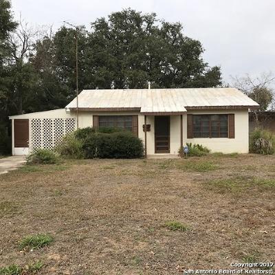 Atascosa County Single Family Home New: 519 Market St