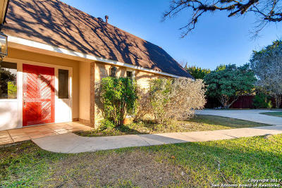 San Antonio Single Family Home Back on Market: 8433 Oak Thicket