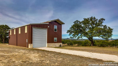 Bandera County Single Family Home New: Lariat Trace