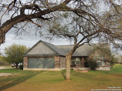 Jourdanton Single Family Home For Sale: 4925 Fm 1332