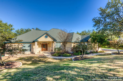 Comal County Single Family Home New: 212 Bentwood Dr