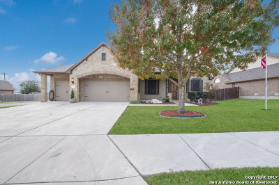 Schertz Single Family Home For Sale: 1501 Gwendolyn Way