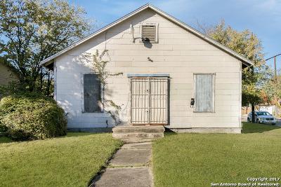 Bexar County Single Family Home New: 301 Viendo