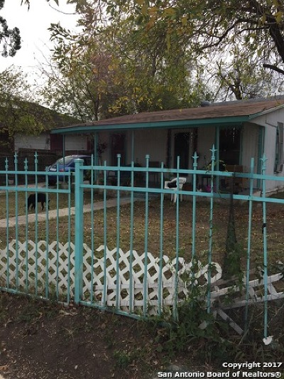 Single Family Home For Sale: 3019 Mission Rd