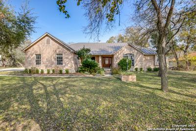 Single Family Home For Sale: 841 Winding Oak Dr