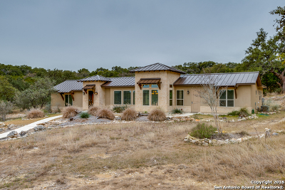 Comal County Single Family Home For Sale: 2398 Campestres