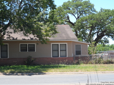 Pleasanton Single Family Home For Sale: 317 Goodwin St