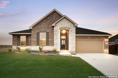 Single Family Home For Sale: 646 Ridgeglen