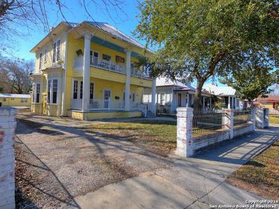 San Antonio Multi Family Home Back on Market: 118 Delaware St