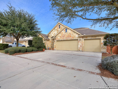 Guadalupe County Single Family Home For Sale: 906 Armour Dr