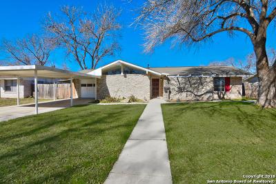 Schertz Single Family Home New: 225 Maple Dr