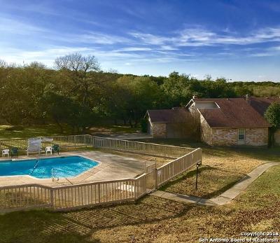 Canyon Lake Condo/Townhouse For Sale: 58 Oak Villa Rd #F-4