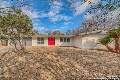 Windcrest Single Family Home For Sale: 417 Driftwind Dr