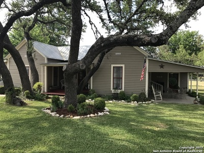 Kendall County Single Family Home New: 101 Live Oak Street
