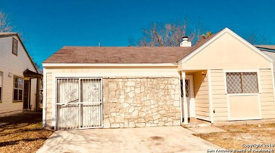 Single Family Home New: 10011 Sandy Field Dr