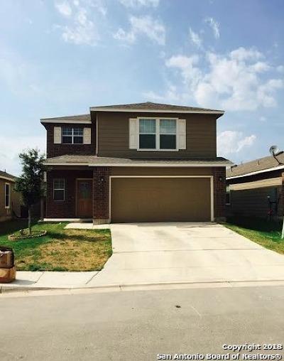 Selma Single Family Home New: 415 Walnut Crest