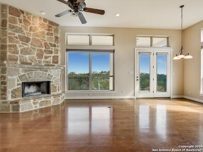 Tapatio Springs Single Family Home For Sale: 425 Preston Trl
