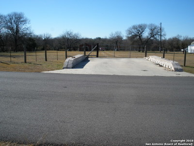 Guadalupe County Residential Lots & Land For Sale: 5028 Sutherland Springs Rd