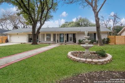 Castle Hills Single Family Home For Sale: 215 Northcrest Dr