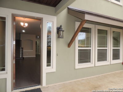 New Braunfels Single Family Home For Sale: 961 Academy Ave
