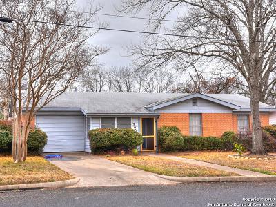 Fredericksburg Single Family Home For Sale: 326 W Burbank St