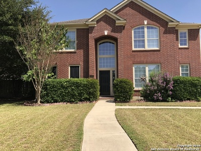 Seguin Single Family Home Price Change: 121 Las Brisas Blvd
