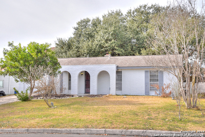 Live Oak Single Family Home Back on Market: 7305 Leading Oaks St