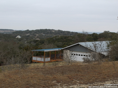 Boerne Single Family Home For Sale: 20 Jason Rd