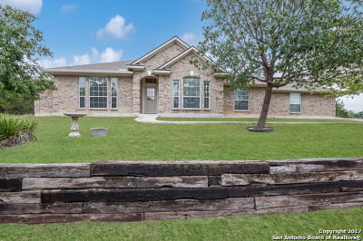 Bandera County Single Family Home Active RFR: 112 Shelly Ln