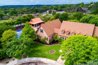 Kerrville Single Family Home For Sale: 1701 Foothills Dr