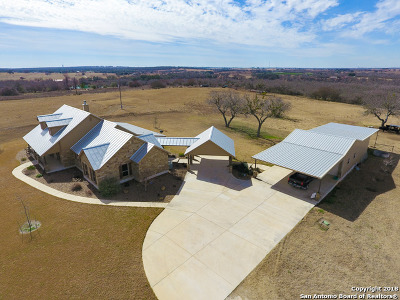 Wilson County Single Family Home For Sale: 1057 County Road 361
