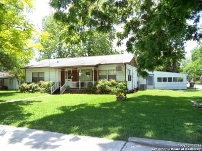 Seguin Single Family Home Price Change: 503 E Martindale Rd