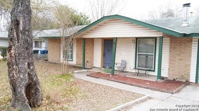 Single Family Home New: 5838 Castle Hunt