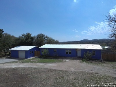 Boerne Single Family Home New: 705 Walnut Way