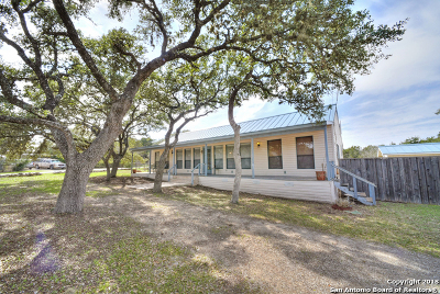 Comal County Single Family Home New: 1072 Riata Pass