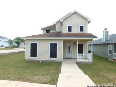 Floresville Single Family Home New: 137 Lark Hill Rd