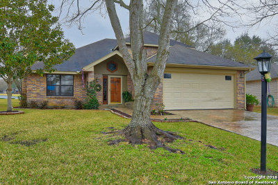 Schertz Single Family Home For Sale: 3624 Elm Ct
