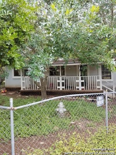 Canyon Lake Single Family Home For Sale: 387 Ridgerock Dr