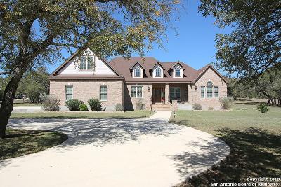 Boerne Single Family Home For Sale: 1128 Waterstone Pkwy