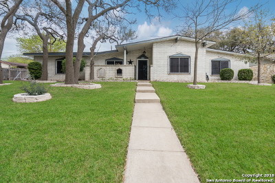 Universal City Single Family Home For Sale: 509 Kimberly Dr