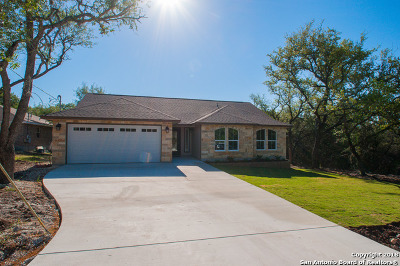 Canyon Lake Single Family Home For Sale: 2010 Sunset Ridge