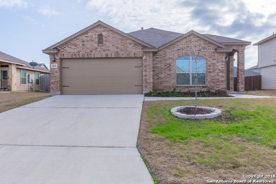 New Braunfels Single Family Home For Sale: 2626 Lonesome Creek