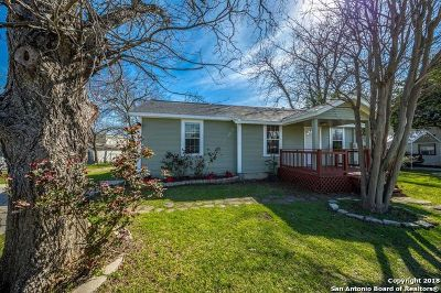 Seguin Single Family Home Price Change: 721 E Pine St