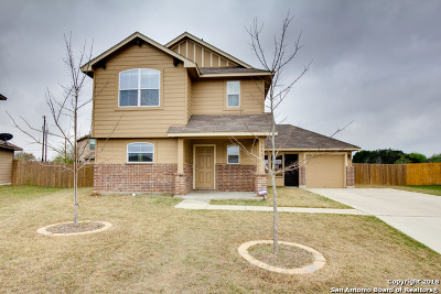 New Braunfels Single Family Home New: 1042 Calm Breeze