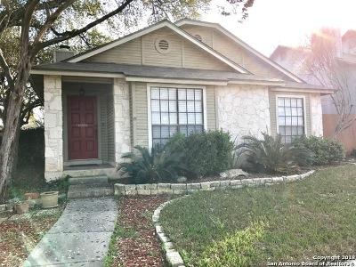 San Antonio Single Family Home Back on Market: 13603 Chapel Oaks