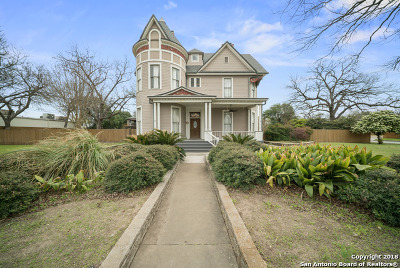 Seguin Single Family Home New: 1207 Austin St