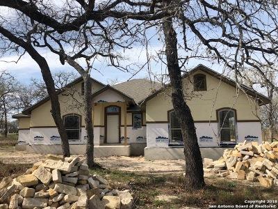 La Vernia Single Family Home For Sale: 257 Great Oaks Blvd